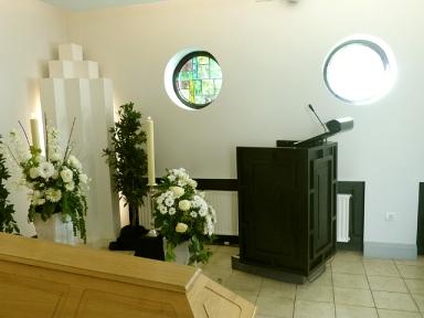 Möglichkeiten für christliche und freichristliche Trauerredner